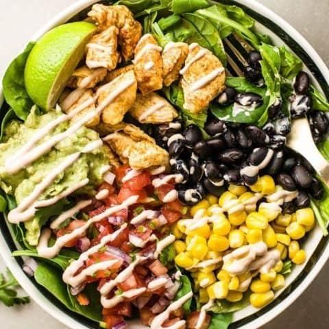 close up of southwestern chicken burrito bowls