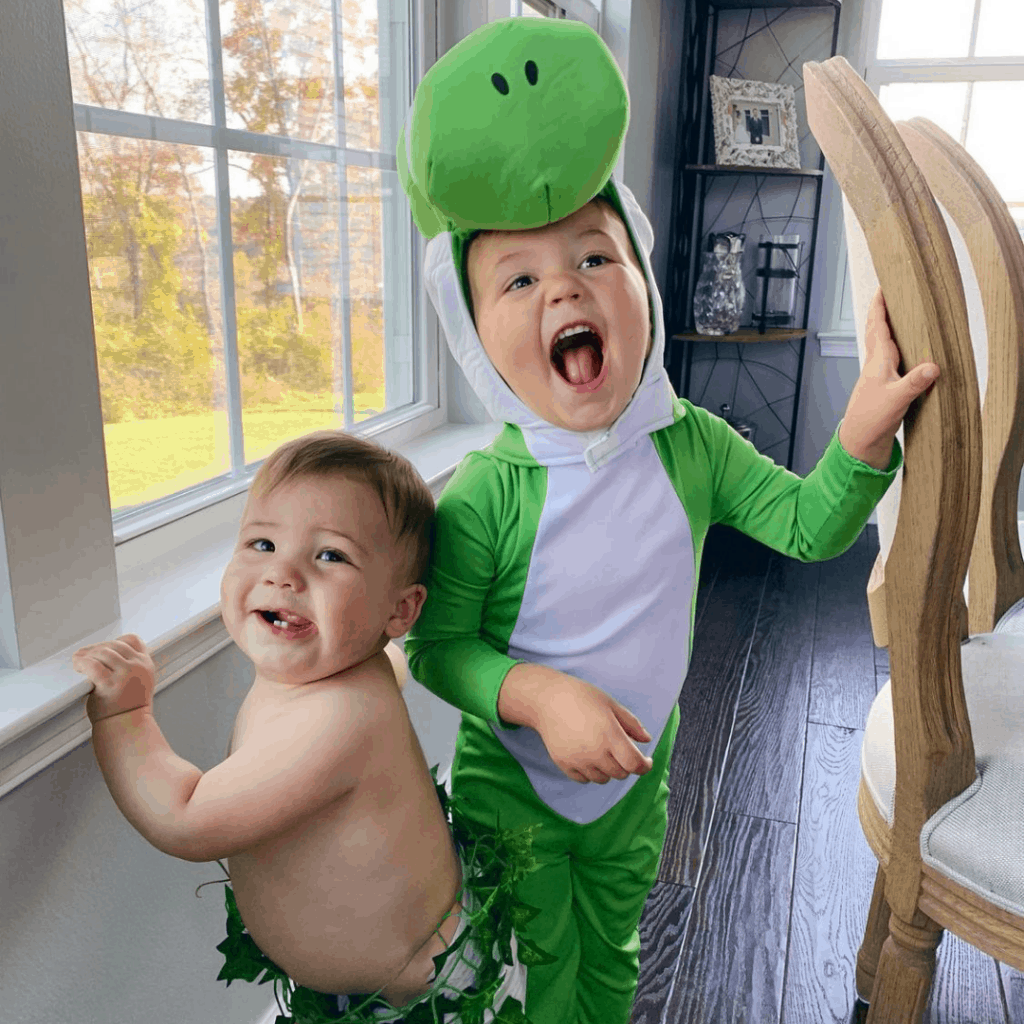 cutest sibling costumes