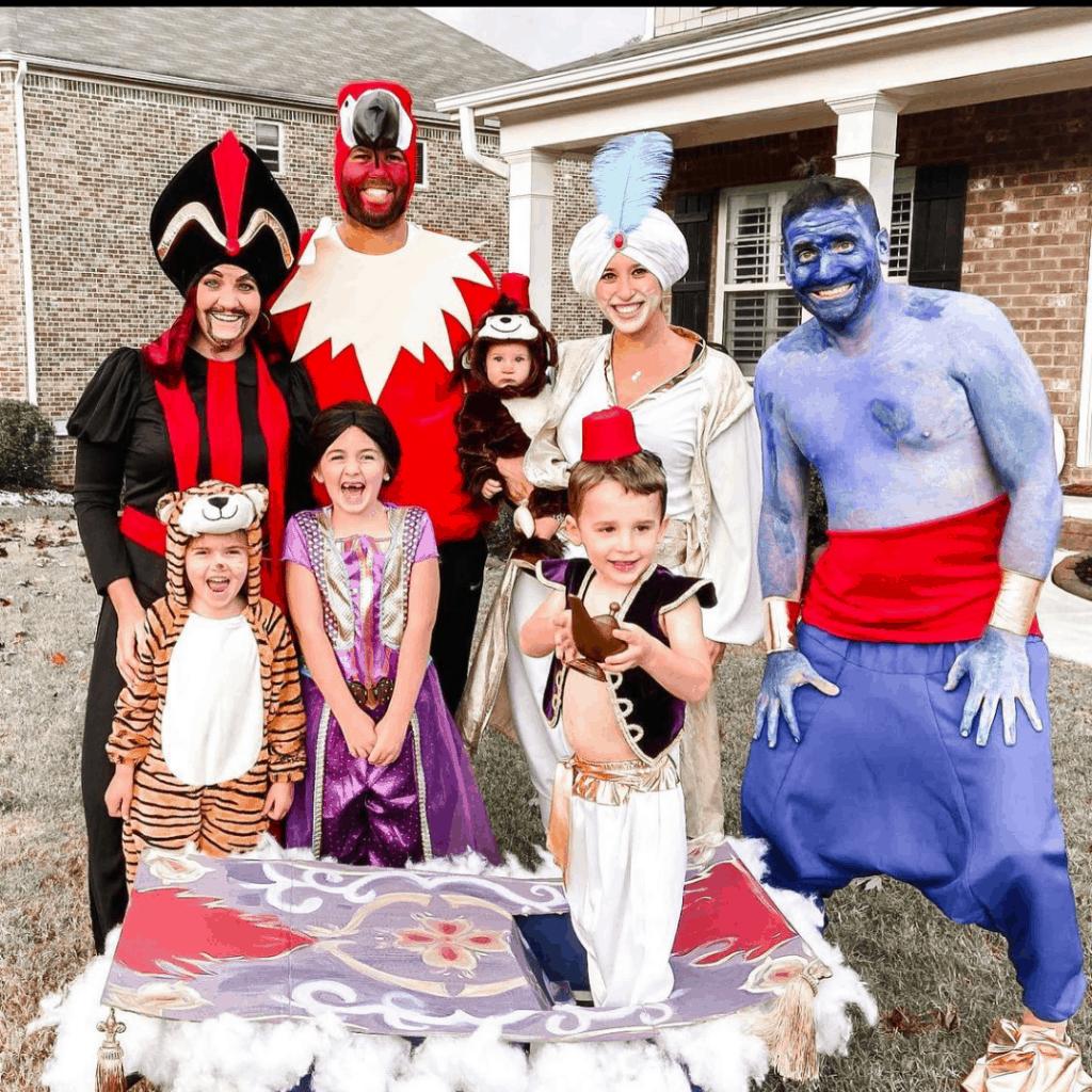 creative Aladdin family costume for halloween