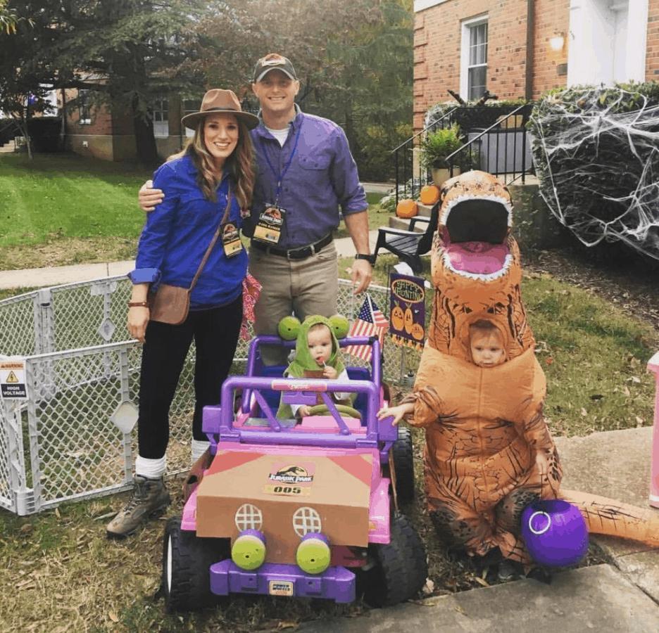 Jurassic Park family costume for halloween