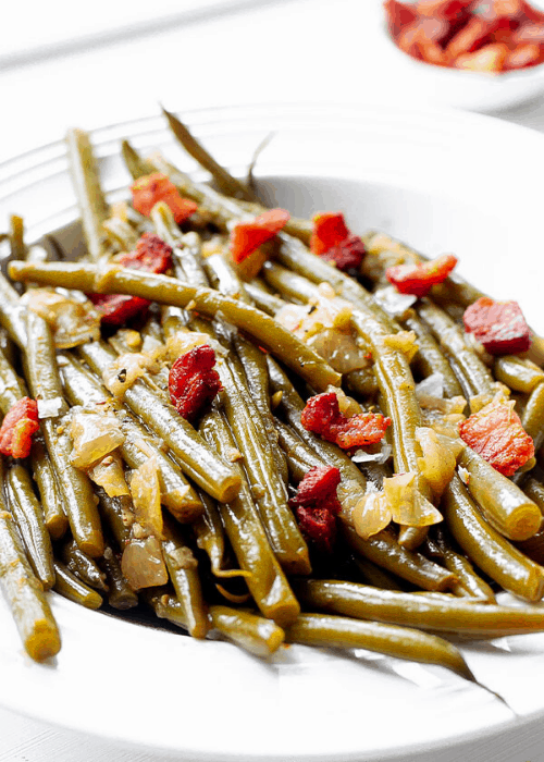thanksgiving side dish southern green beans with bacon