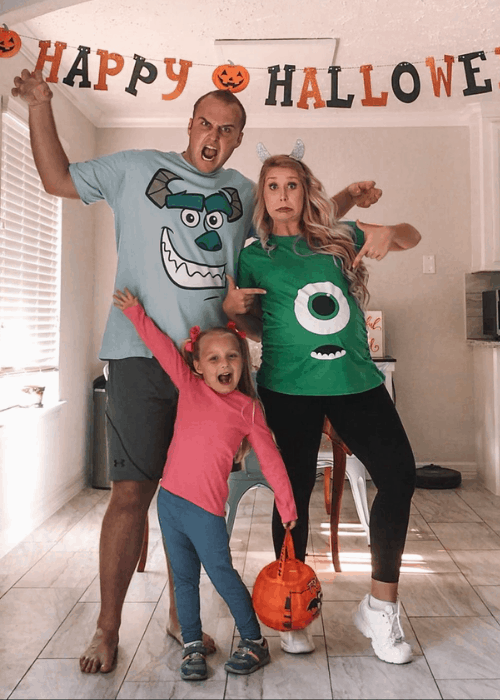 pregnant family halloween costume